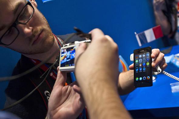 Кроме Android и iOS: шесть экзотических операционных систем для смартфона