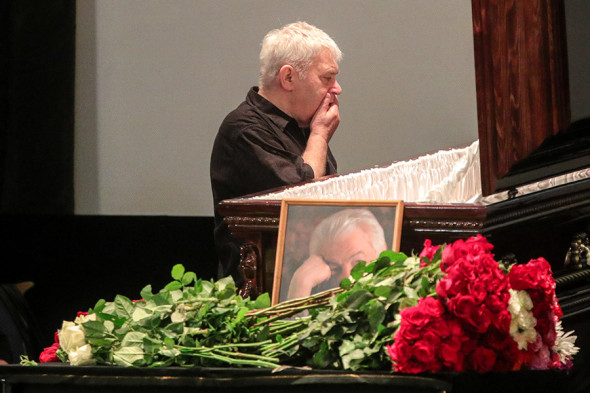 Войновича похоронили на Троекуровском кладбище