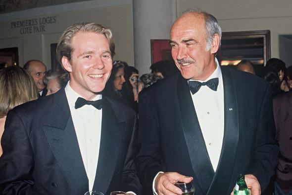 1992 год. Справа налево: Шон Коннери с сыном Джейсоном