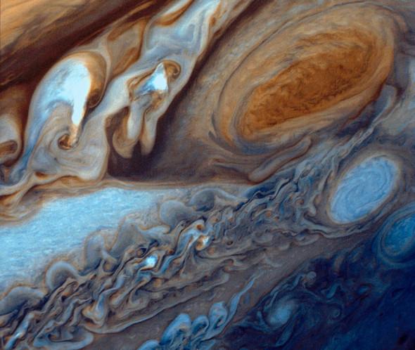 Большое красное пятно на планете Юпитер