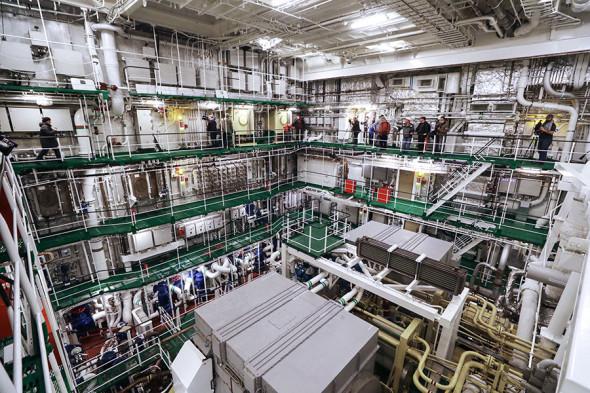 Машинное отделение российского головного универсального атомного ледокола «Арктика» проекта 22220