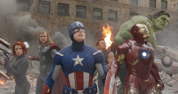 Фото:Кадр из фильма «Мстители»