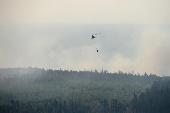 Вертолет Ми-8 в Богучанском районе Красноярского края