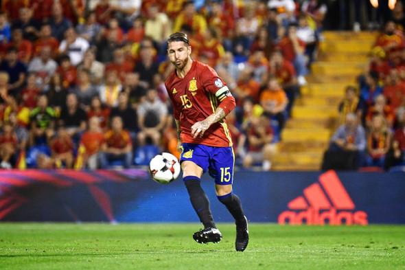 Испания, 1-е место в группе G европейского турнира