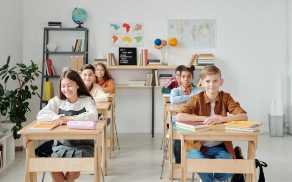 Большинство учителей назвали школьную программу бесполезной для жизни
