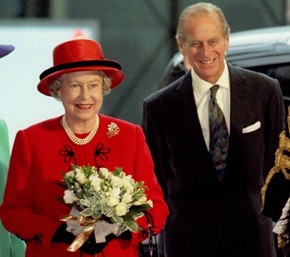 Королева Елизавета II  с принцем Филиппом на празднике в честь  золотой свадьбы, 1997 год