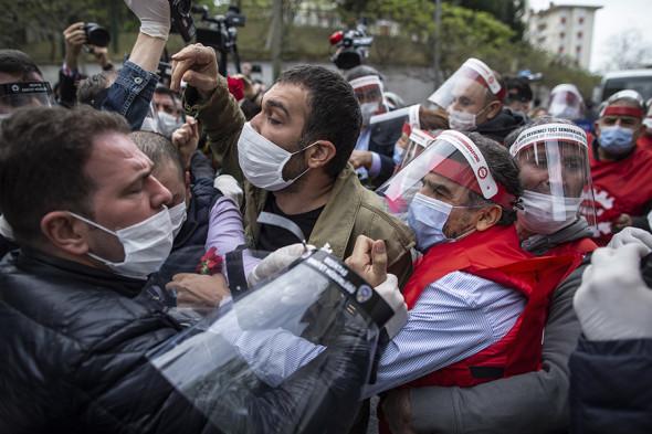Фото: Erdem Sahin / EPA / ТАСС