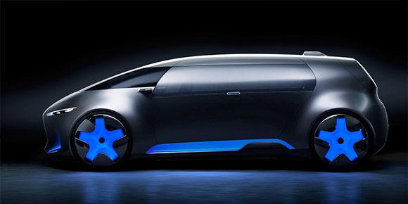 По задумке создателей этого прототипа, так будут выглядеть минивэны ближайшего будущего. Огромный диван по периметру, идеальная аэродинамика – у кого так разыгралась фантазия?