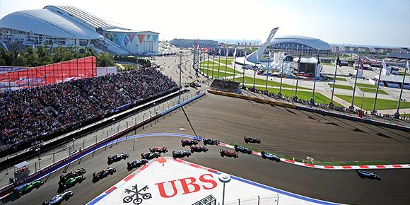 Как вы наверняка знаете, гоночный трек в Олимпийском парке проектировал небезызвестный Герман Тильке. А сколько всего треков построило бюро Тильке для современной Формулы-1 до Сочи?