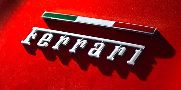 Ferrari совсем скоро тоже выпустит собственный кроссовер Purosangue, хотя прежде итальянцы утверждали, что не собираются делать SUV. А вот автомобиля какого типа в линейке марки «точно никогда не будет»?