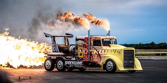 Как вы думаете, а могут ли эвакуировать грузовой автомобиль?