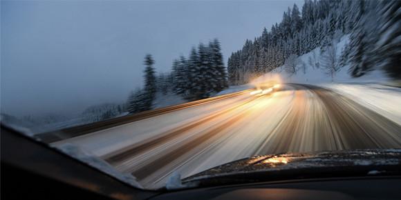 В России вскоре появятся платные дороги без бесплатной альтернативы. Неужели теперь за любой участок дороги можно будет взимать плату?