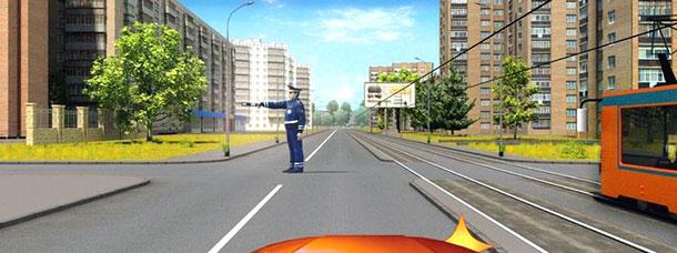 Комбо: трамвай плюс регулировщик и полный ступор при повороте направо. Или нет?