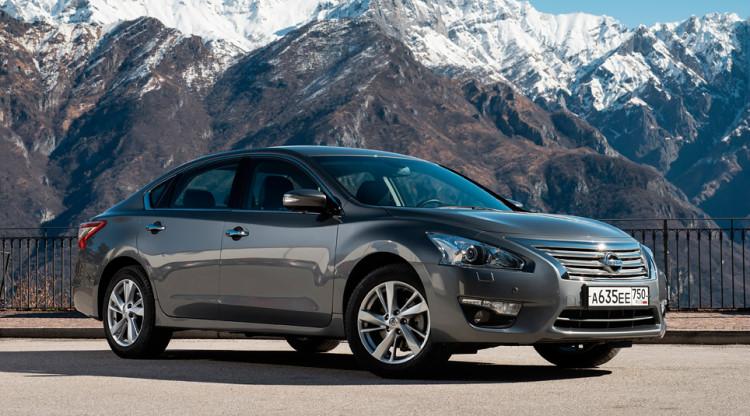 Nissan после девальвации рубля убрал с российского рынка Teana. Большой японский седан пользовался хорошим спросом – и это неудивительно, учитывая его базовую стоимость в…