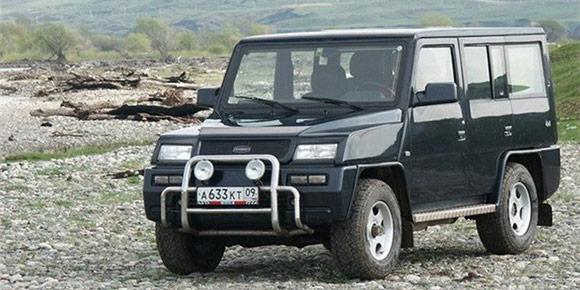 Еще один российский завод Derways сегодня занимается выпуском китайских машин разных брендов, а начинал с внедорожника собственной разработки под названием Cowboy. Что за шасси лежало в основе машины?