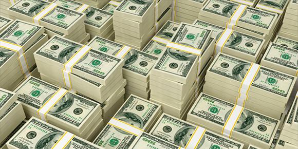 Сумма в 15 млн руб. – весьма скромная, если сравнивать ее с ценниками в некоторых других странах. Так, в 2008 г. на одном из аукционов был установлен абсолютный мировой рекорд стоимости автомобильного номера, который купили за 14,3 млн долларов. Где прошли торги?