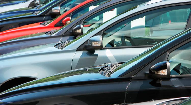 Если автопроизводителям не нравится рейтинг их бренда, они аппелируют к рейтингу альянса, в котором состоят. У какого объединения дела на рынке идут лучше других?