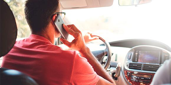 Как вы думаете, штраф с камер за разговоры по телефону за рулем – это очередная страшилка или уже реальность?