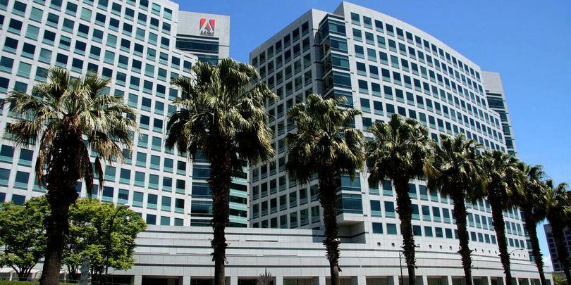 Штаб-квартира Adobe Systems в Сан-Хосе, Калифорния