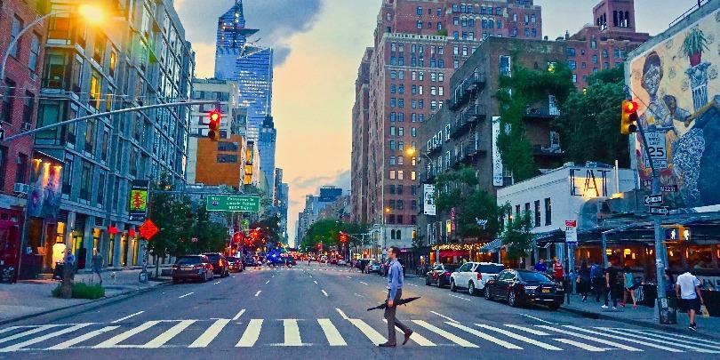 Десятая авеню на Манхэттене, Нью-Йорк
