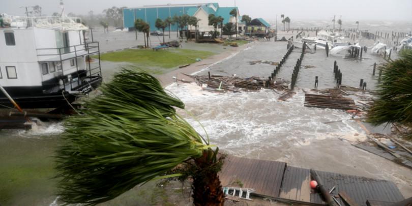 Ураган «Майкл» в городе Порт-Сент-Джо, штат Флорида, США