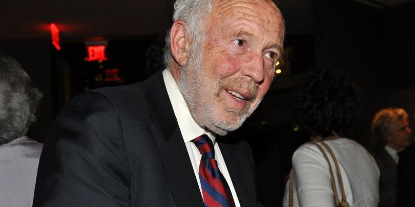Основатель математического подхода к трейдингу Саймонс ушел в отставку
