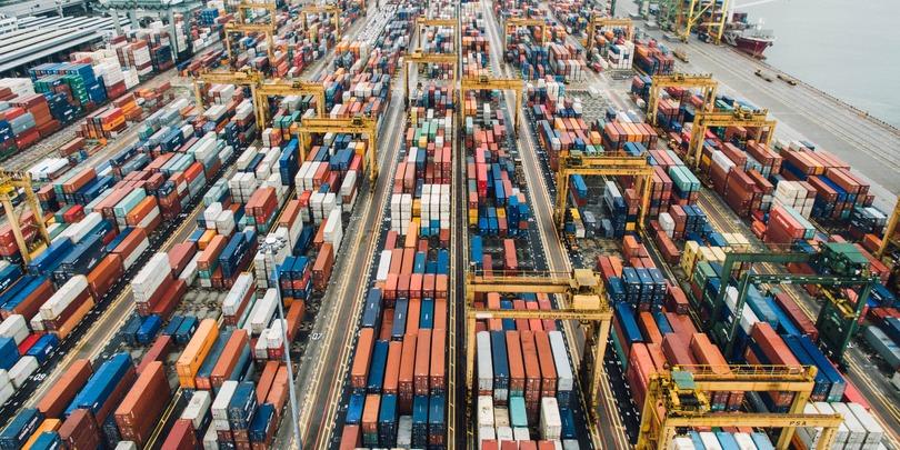 Торговый порт Сингапура.