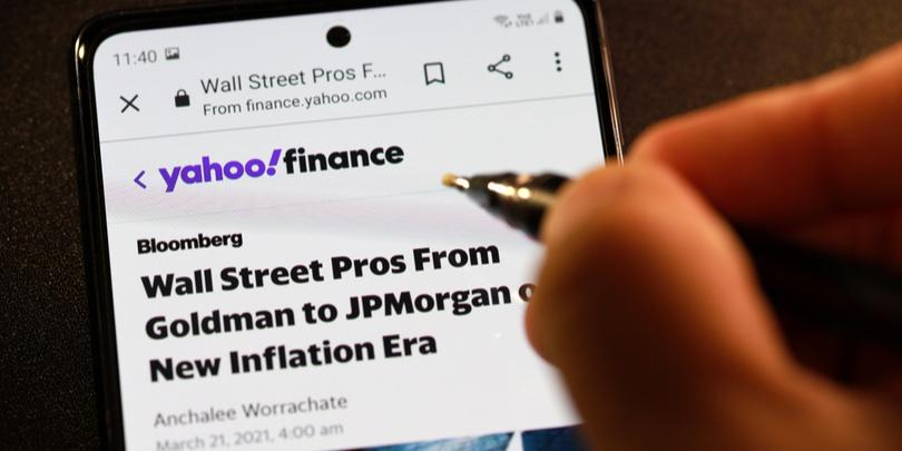 Verizon продаст Yahoo и AOL за $5 млрд инвестиционной компании Apollo