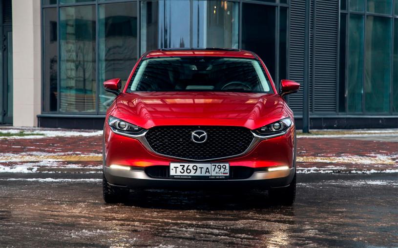 Mazda объявила цены на все комплектации кроссовера CX-30 в России