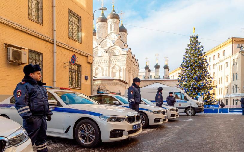 BMW X7, электрокары, Mercedes-AMG, пикапы. На чем ездит ГИБДД
