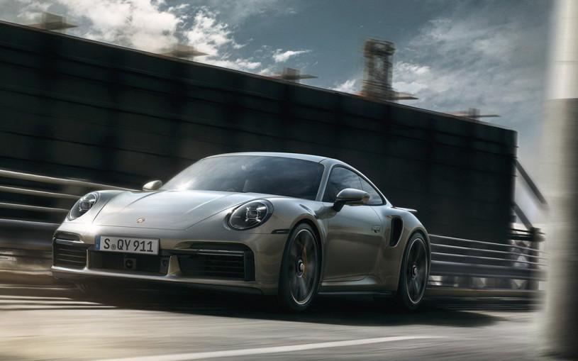 Porsche оснастила новый 911 Turbo S 650-сильным двигателем