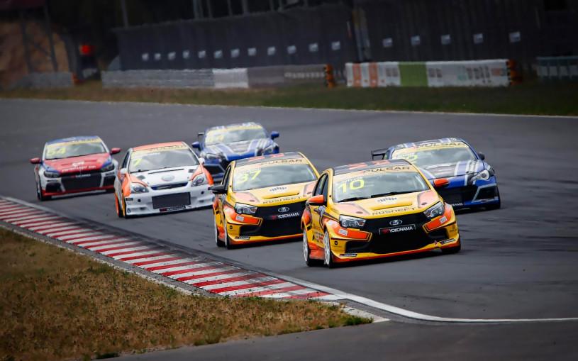 Команда Lada выиграла третий этап чемпионата СМП РСКГ
