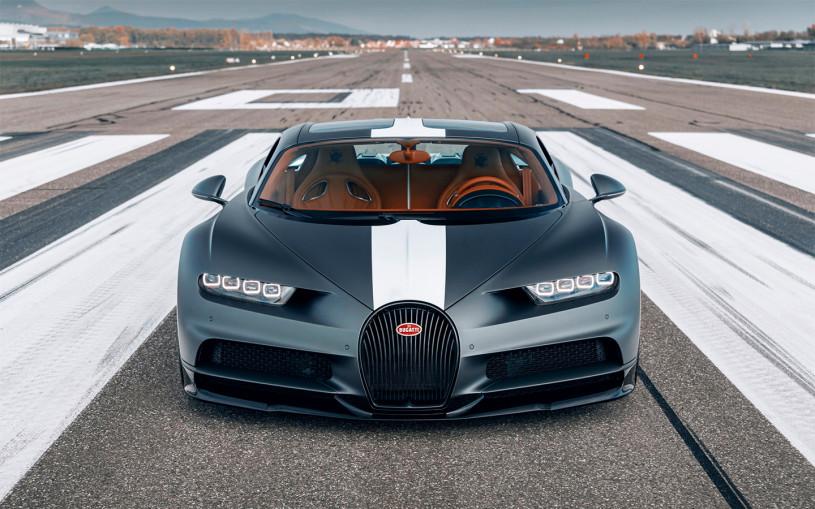 Bugatti посвятила 1500-сильный гиперкар летчикам-асам
