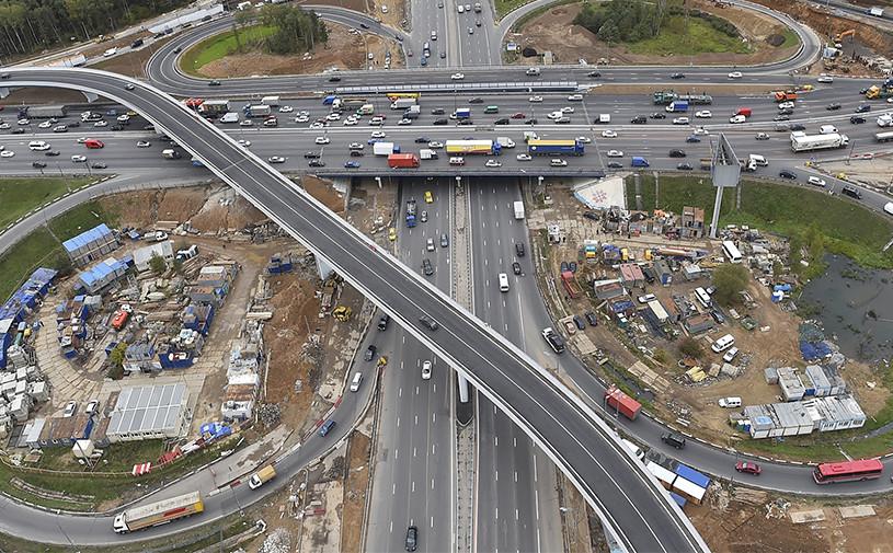 На строительство дорог в Москве потратят более 400 млрдрублей