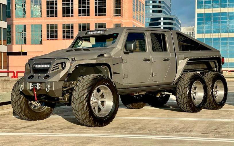 В США выставили на продажу шестиколесный Jeep c 750-сильным мотором. Фото