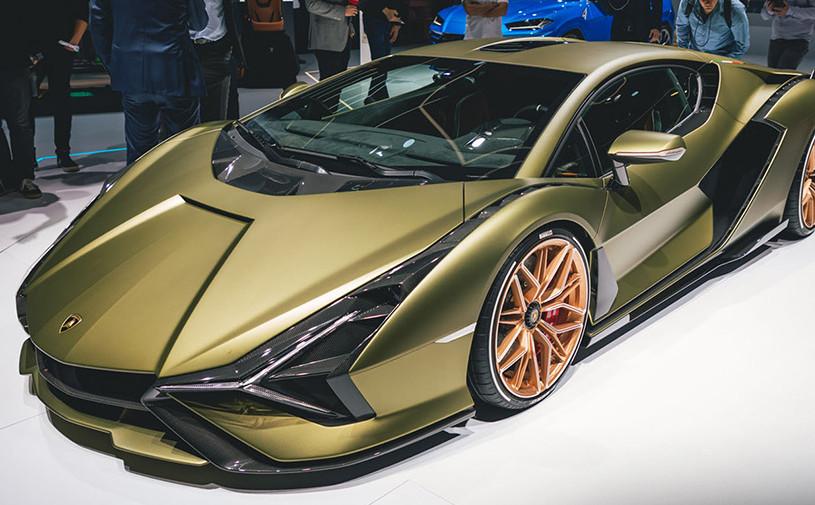 Lamborghini изобрела супергибрид мощностью 819 сил