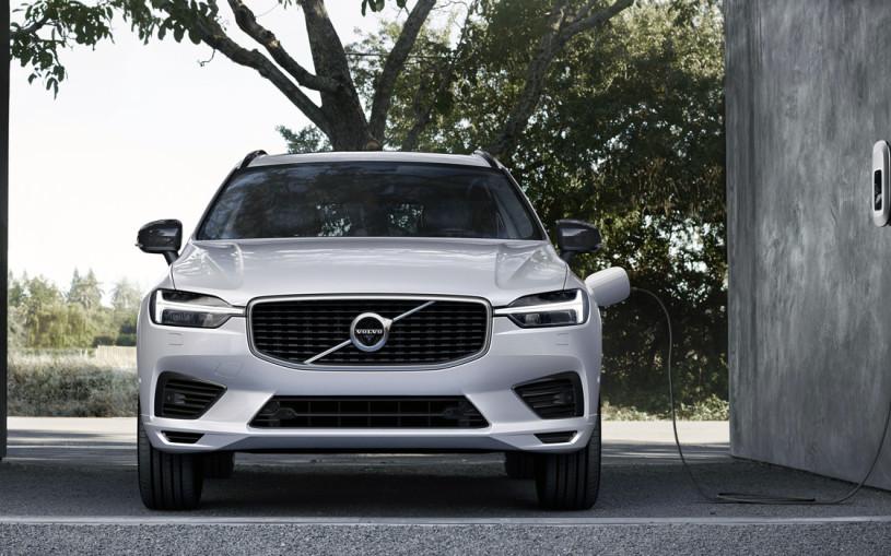 Volvo представила гибридный XC60 для России