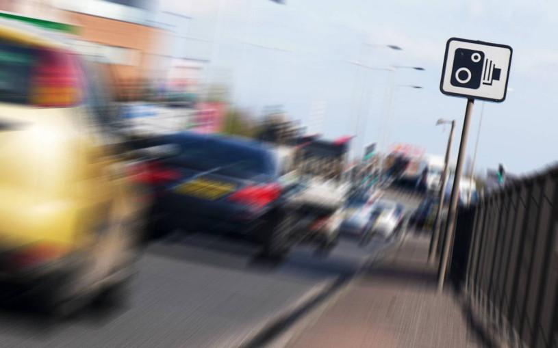 Водителя Ford Focus оштрафовали за езду со скоростью свыше 700 км/ч