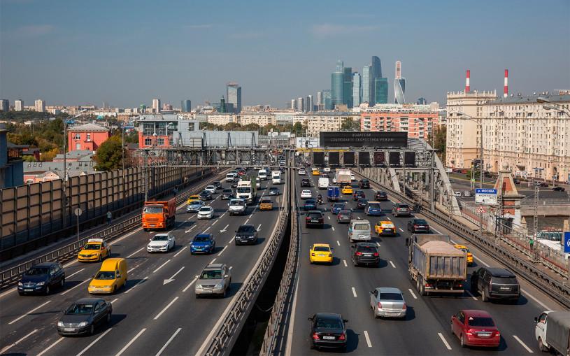 Владельцы Lamborghini стали лидерами по нарушениям правил в Москве