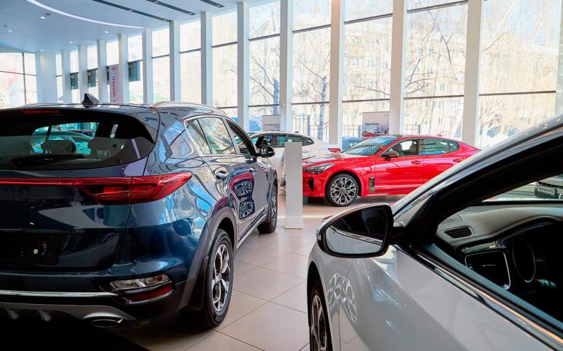 Цены на новые автомобили в России выросли на 12,5% за шесть месяцев