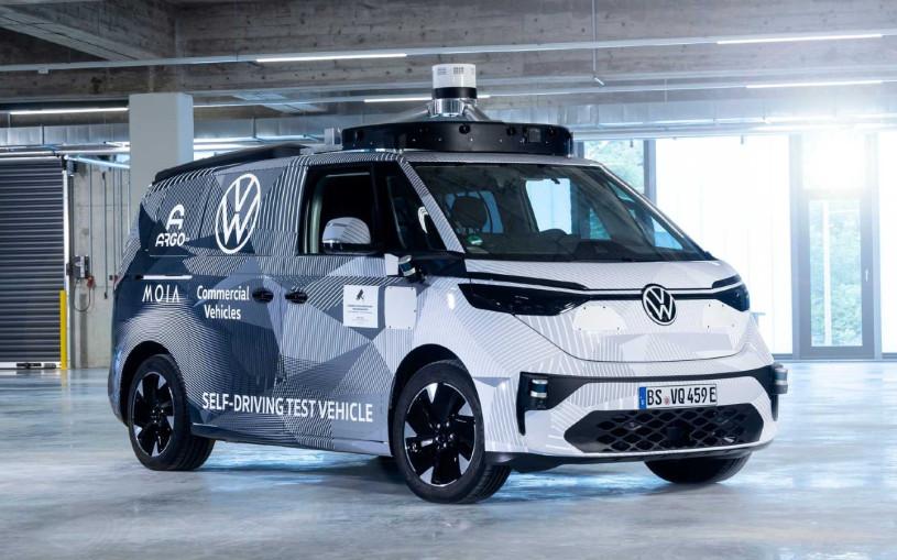 Volkswagen разработал беспилотный минивэн на электрическом приводе