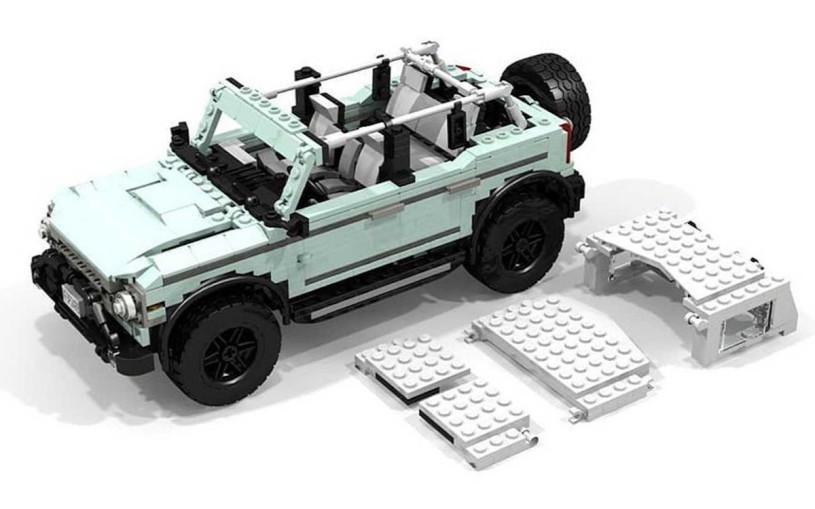 Точную копию внедорожника  Ford Bronco собрали из Lego
