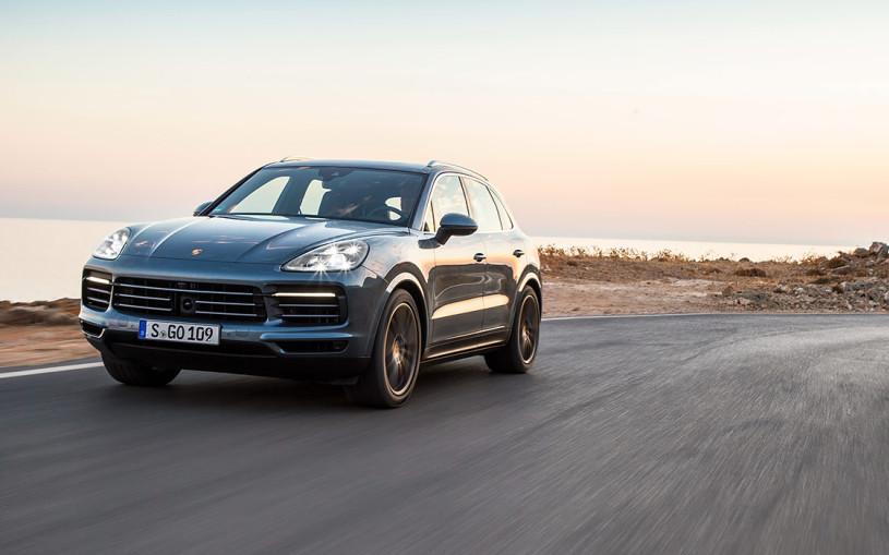 В Porsche рассказали о новом Cayenne для России