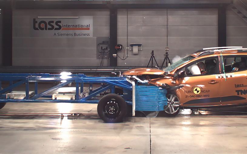 Новые Logan иSandero провалили краш-тесты Euro NCAP
