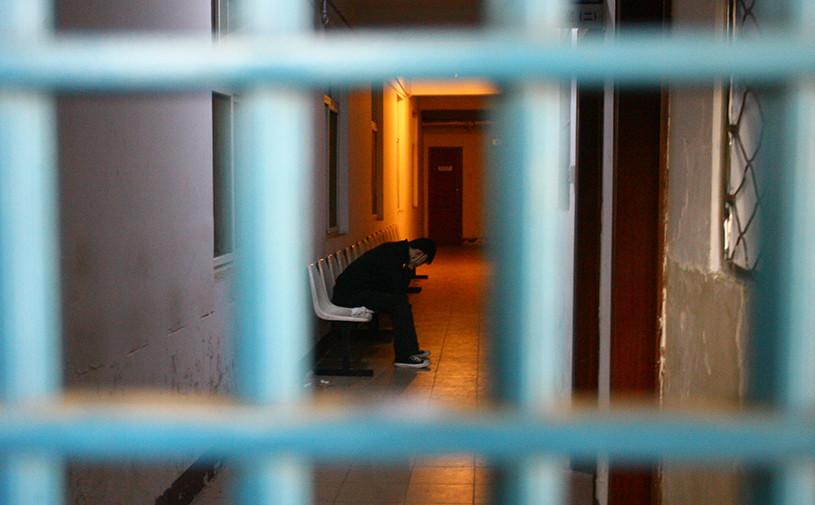 За тонировку боковых стекол россиянин получил 7 суток ареста