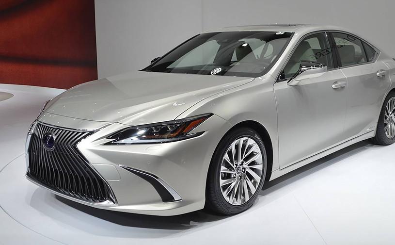 Новый Lexus ES: первое знакомство