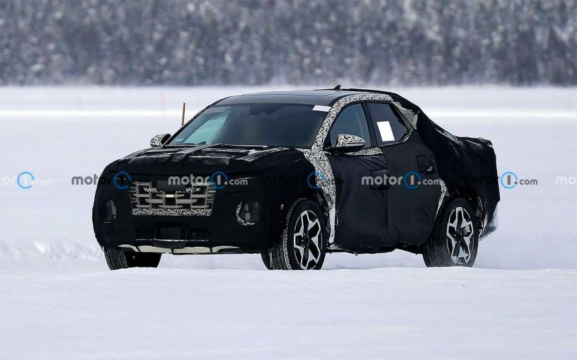 Первый пикап Hyundai испытали на замерзшем озере. Фото