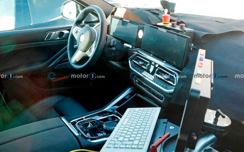 Обновленный BMW X6 получит салон с двумя большими дисплеями