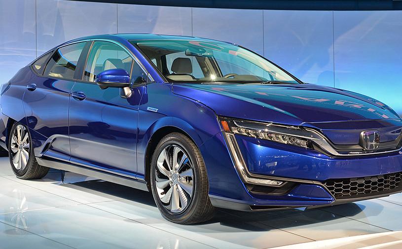 Honda представила два новых автомобиля на электричестве