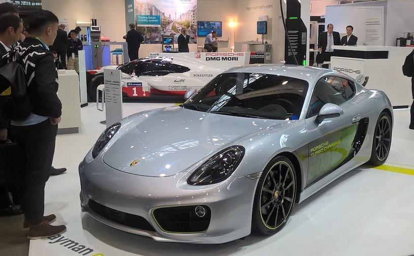 Porsche представила прототип электрического купе Cayman